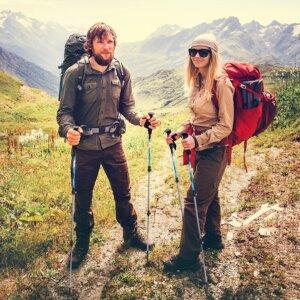 9 Best Trekking Poles Reviews-Buyer Guide (Updated Mar, 2020)