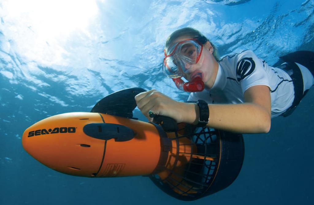 Best Underwater Scooter