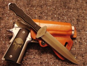 5 Best Fairbairn-Sykes Fighting Knife-Buyer Guide 2020