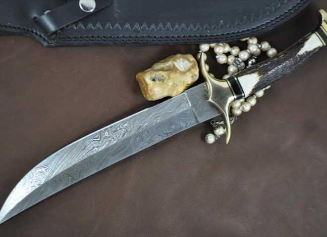 Factory-made VS Handmade Blades