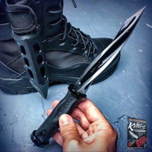 Tactical Folding Knives vs Tactical Fixed Blade Knives