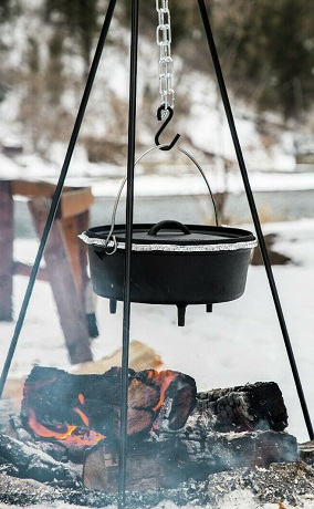 Best Dutch Oven Pot for Camping Cooking