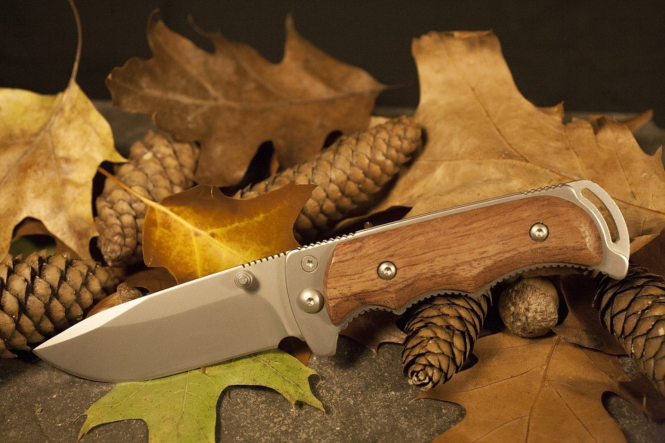 Knives and Tools for Hunting Outdoors