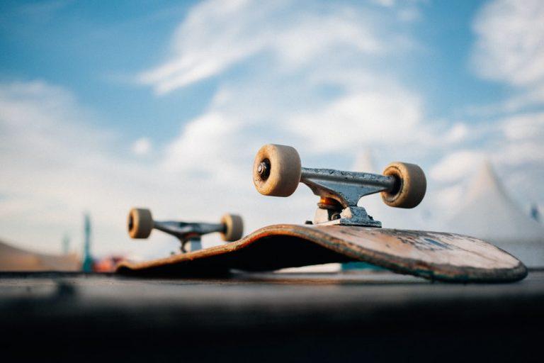 What Kind of Skateboard Should i Get For Beginners