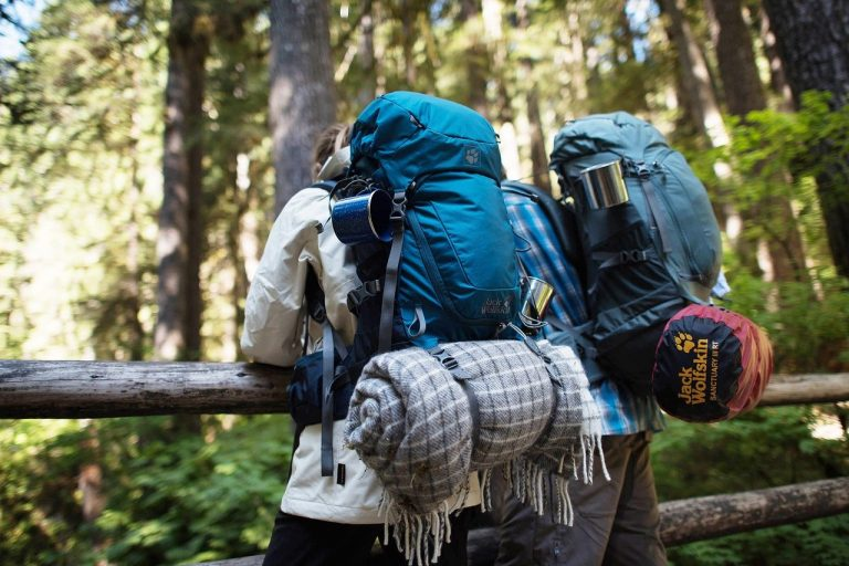7 Pieces of Equipment You Must Have While Planning an Outdoor Trip