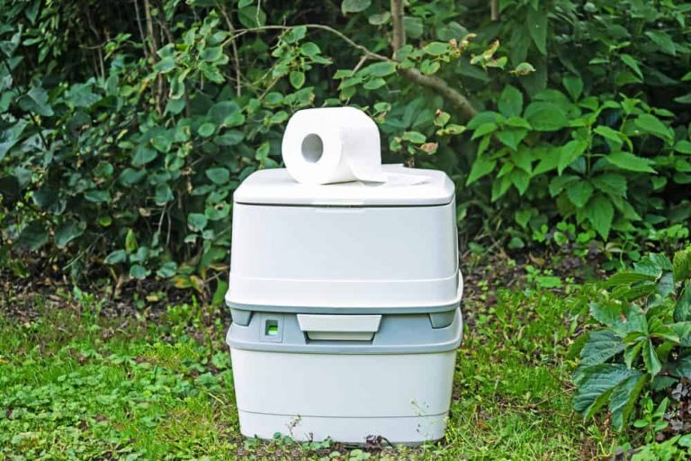 7 Best Portable Camping Toilets Reviews-Buyer Guide 2021