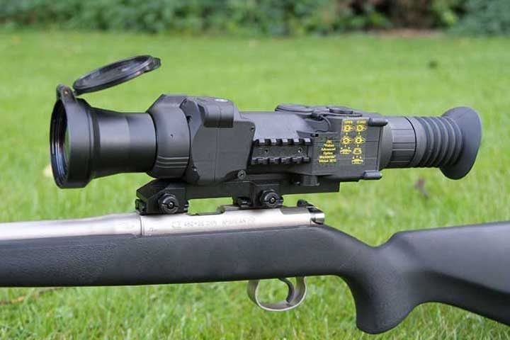 5 Best Thermal Scopes Reviewed and Buyer Guide 2021