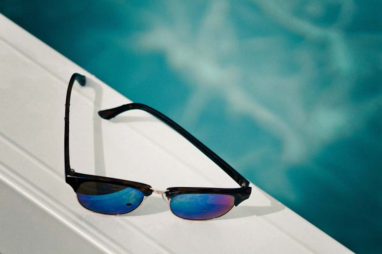 Benefits Of Polarized Sunglasses For Fishing [ Infographic ]